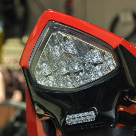 323085 : LED rear lights with integrated turn signals CB1000R